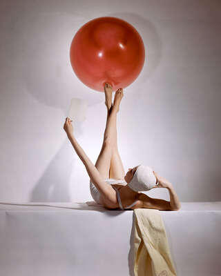 Gifts for Fans of Retro Looks: Balance by Horst P. Horst