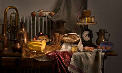 Stillleben Fotografie  Still life with cheese von Mark Seelen