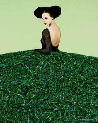 Curated green artworks: Menina Verde by Alfredo Palmero