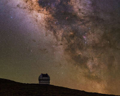 landscape photography:  Cosmic Explorer by Babak Tafreshi