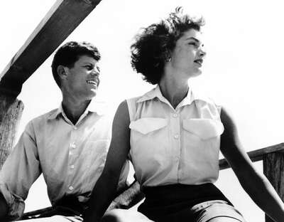 figurative art:  John & Jackie Kennedy by Classic Collection I