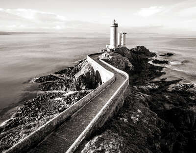 Lighthouse Petit Minou by Classic Collection Ill