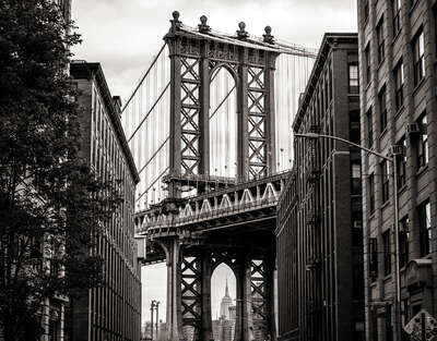 Streets of the Dumbo by Classic Collection Ill