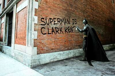 figurative art:  Clark Kent Graffiti by Daniel Picard