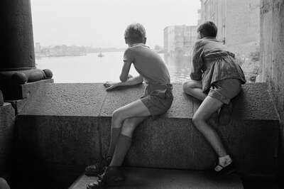 Vintage Photography: Blick nach Ostberlin by Erich Lessing