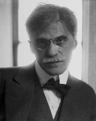 avant garde and fine art photography: Alfred Stieglitz by Edward Steichen