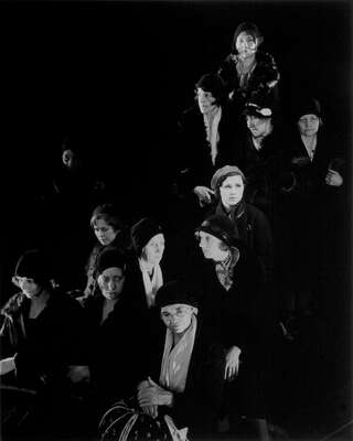 Famous Portrait Photographers: Edward Steichen: Homeless Women by Edward Steichen