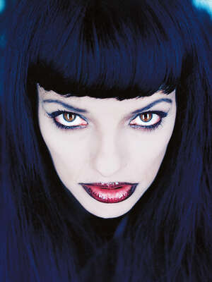 Curated blue portraits: Nina Hagen by Gabo
