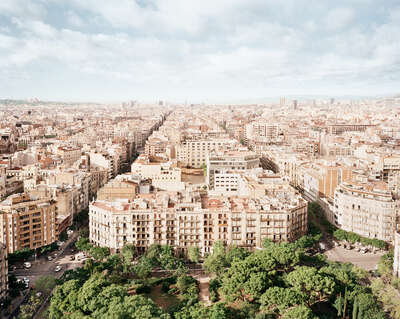 curated geometric artworks: Barcelona by Henning Bock