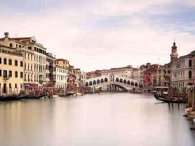 water art photography:  Ponte di Rialto by Horst & Daniel Zielske