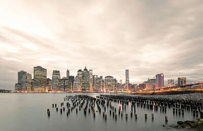 New York Pictures: East River III by Horst & Daniel Zielske