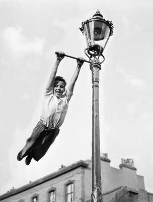 Vintage Photography: Lamp Post Swing by John Drysdale