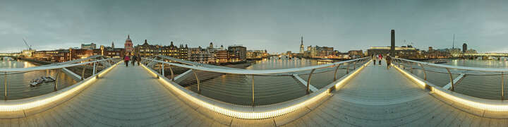 London, Foster Millenium Bridge von Josh Von Staudach