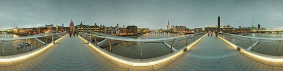 London, Foster Millenium Bridge