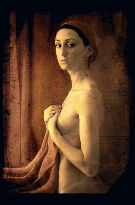 nude photography:  Empress by Lilya Corneli