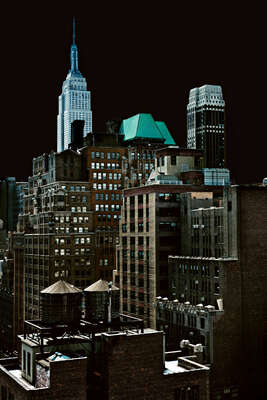 New York Pictures: Darklight V by Lutz Hilgers