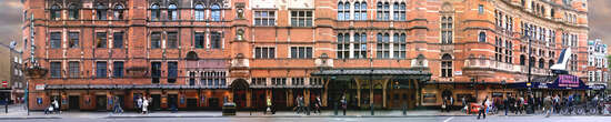 Shaftesbury Street (The Palace Theatre) von Larry Yust