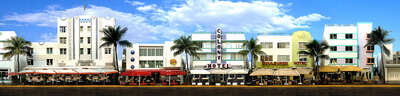 Gifts under €650: Miami Beach, Ocean Drive #2 by Larry Yust