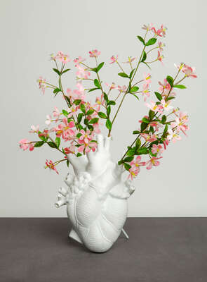 LOVE IN BLOOM - VASE by Marcantonio