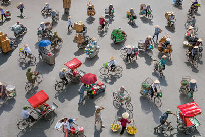 "movement photography""  Fragments of Hanoi by Peter Stewart"