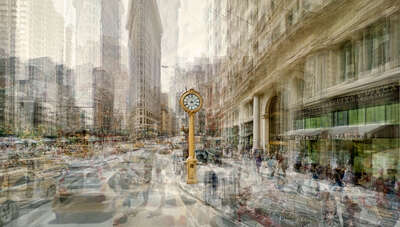New York Bilder: Fifth Avenue Clock von Pep Ventosa