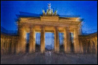 City Wall Art  Brandenburger Gate, Day and Night by Pep Ventosa