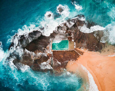 curated aerial photography : Mona Vale Pool by Peter Yan