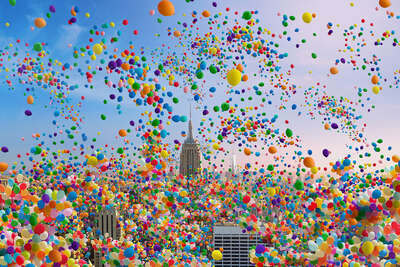 Abstract Wall Art  NYC Balloons II by Robert Jahns