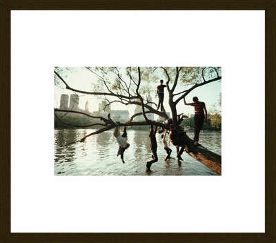 Framed wall art prints: Acrylic Glass Framing Options: New York 1967 by Robert Lebeck