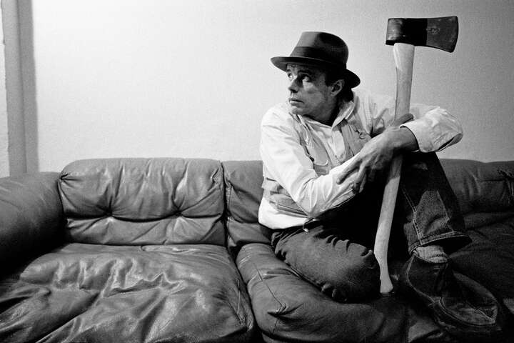 Joseph Beuys by Robert Lebeck