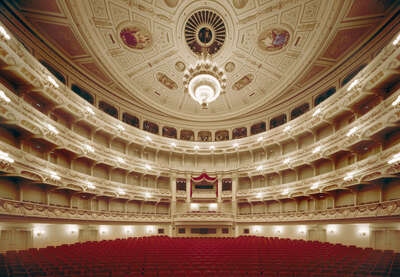 Big Picture Gift Ideas: Semperoper Dresden by Rafael Neff