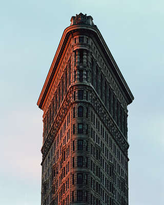 New York Pictures: Flatiron Building by Reinhart Wolf