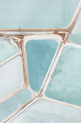 Curated pastel artworks: SALT I by Tom Hegen