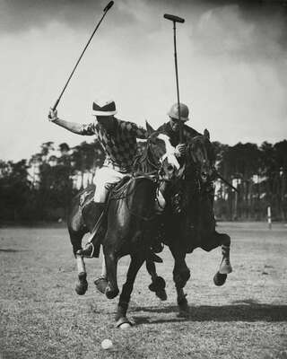 Famous photographers of the 20th century: Martin Munkacsi: Polo Wettkampf in Berlin Frohnau by Martin Munkacsi