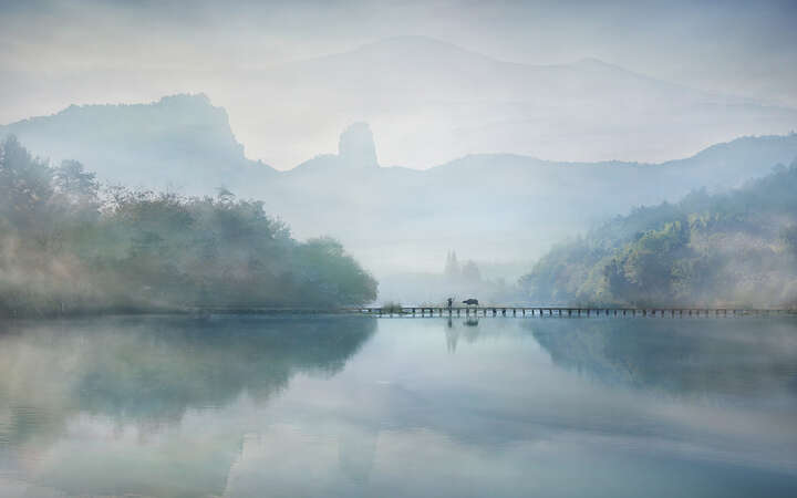 Morning on the river by Vladimir Proshin
