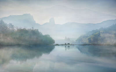 figurative art:  Morning on the river by Vladimir Proshin